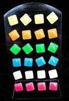 12 paar fluoriserende oorbellen vierkant OP=OP-AANBIEDING