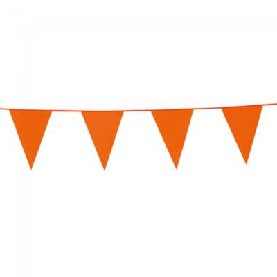 Vlaggen slinger 10 meter lang met oranje vlaggen (20x30 cm) leuk voor halloween