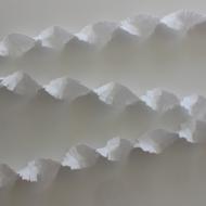 Crepe Garland 6m - white